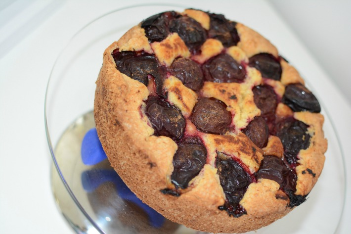 purple plum cake
